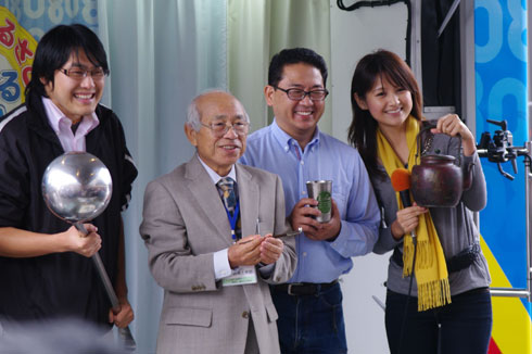 Nhk ゲストのみなさんと小正(こまさ)アナ あすは小千谷市から中継の予定です。...  フォト